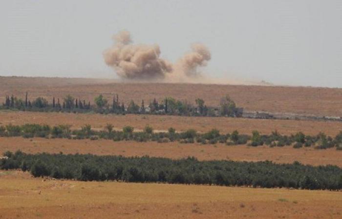 """الجيش السوري يصد هجوما لـ""""تنظيم القاعدة"""".. ويدك مواقع """"جيش العزة"""" بالمدفعية"""