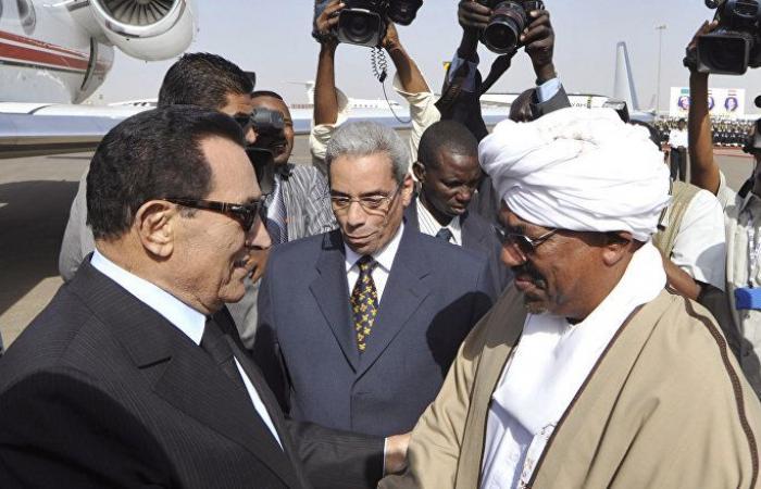 مجلة أمريكية: البشير ليس حسني مبارك ومصير حكم السودان معلق