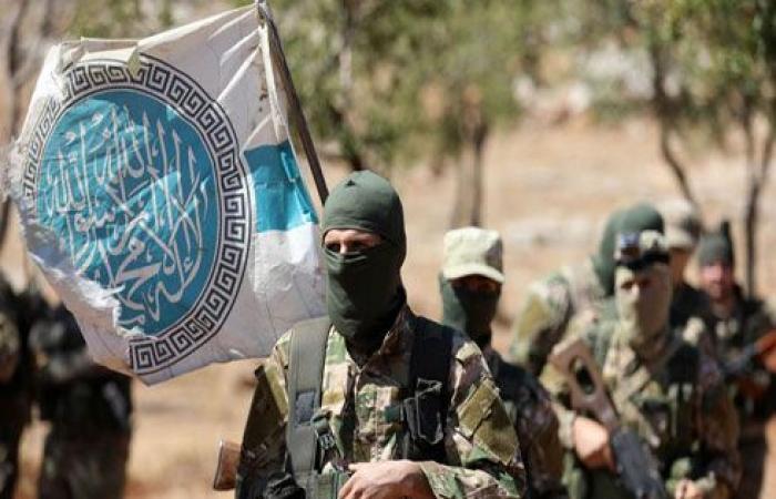 """ماذا تعني سيطرة """"تحرير الشام"""" على معظم مناطق إدلب؟"""