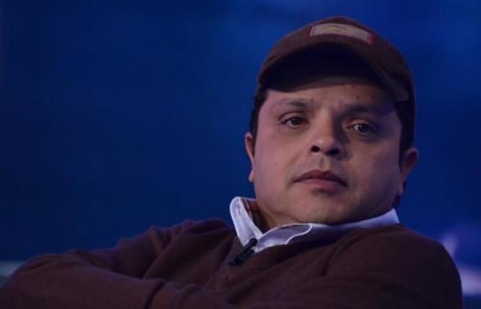 شاهد| محمد هنيدي ينعى وفاة المخرج أسامة فوزي