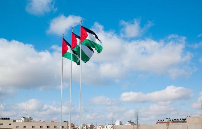 """خريطة في كتاب بدون اسم """"فلسطين"""" ووزارة التربية المغربية توضح"""