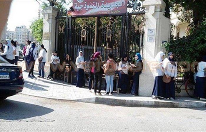 """لأول مرة في مصر... امتحانات بنظام """"الكتاب المفتوح"""" وتوضيح هام من وزير التعليم"""