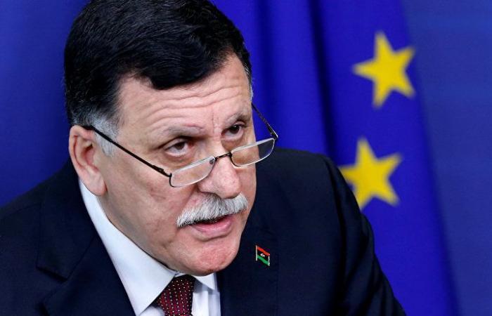 نواب السراج يتهمونه بقيادة ليبيا لصدام مسلح