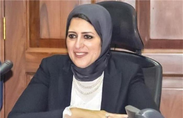 لجنة الصحة بالبرلمان: وزيرة الصحة توجه بالتعاقد مع الأطباء حتى 65 عاما