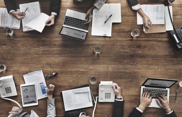 7 مفاتيح مهمة لعرض رقمي فعال في قطاع الأعمال