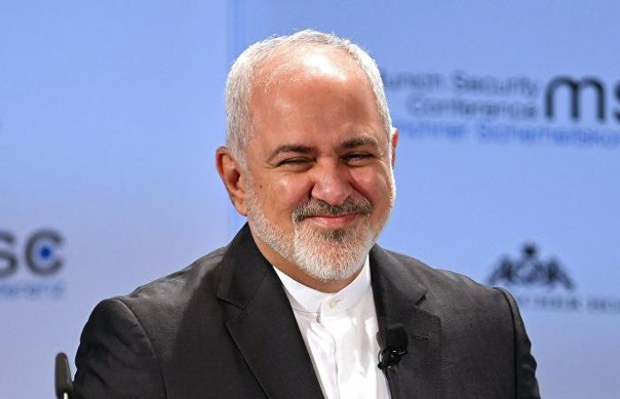 """ظريف يتحدث عن فك """"عقد عشرات السنين"""" بين العراق وإيران"""