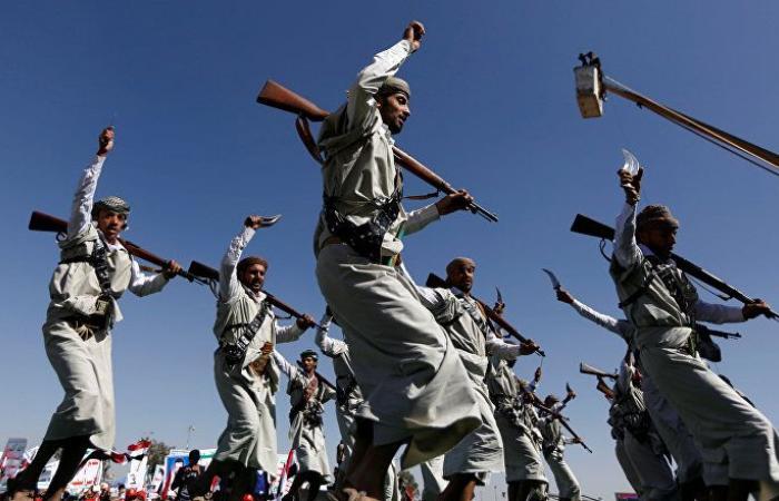 """اليمن... قوات العمالقة تؤمن مناطق بعد استعادتها من """"أنصار الله"""""""