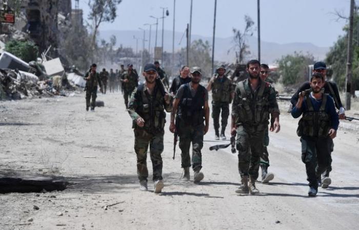 16 ألف عسكري سوري مسرح يتحضرون للحصول على رواتب الدعم الشهرية