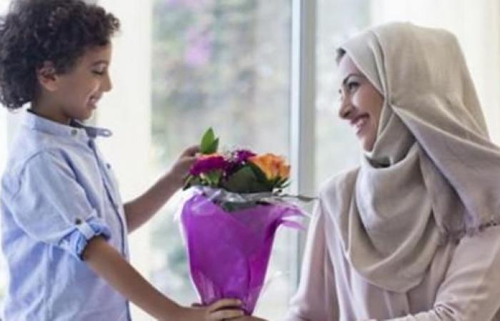 «عيد الأم» بين السلفيين وأبناء الأزهر: ظلم للمرأة.. وبدعة حسنة