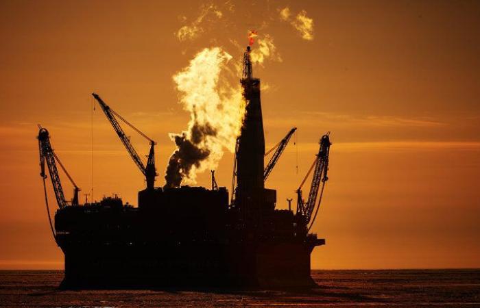 خبير اقتصادي يكشف أسباب حل مؤسسة النفط السودانية