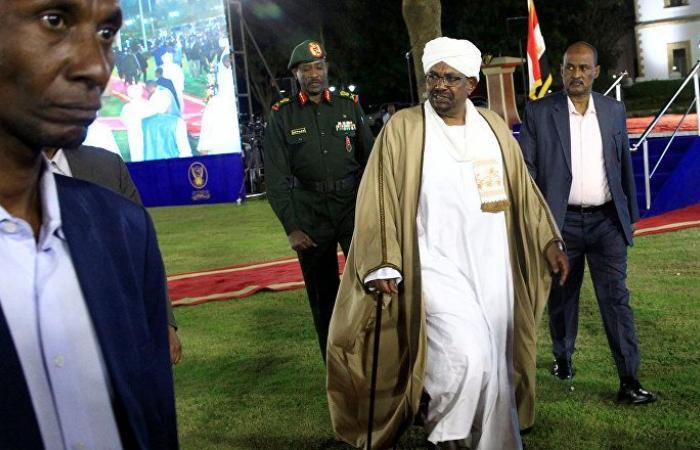 بالفيديو... تجدد الاحتجاجات المطالبة برحيل الرئيس السوداني