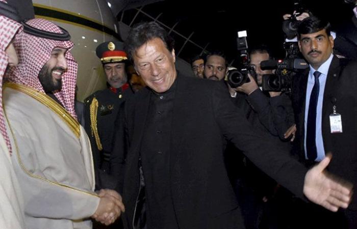 مسؤول: السعودية والإمارات تعرضان حزمة مالية ضخمة لمساعدة باكستان