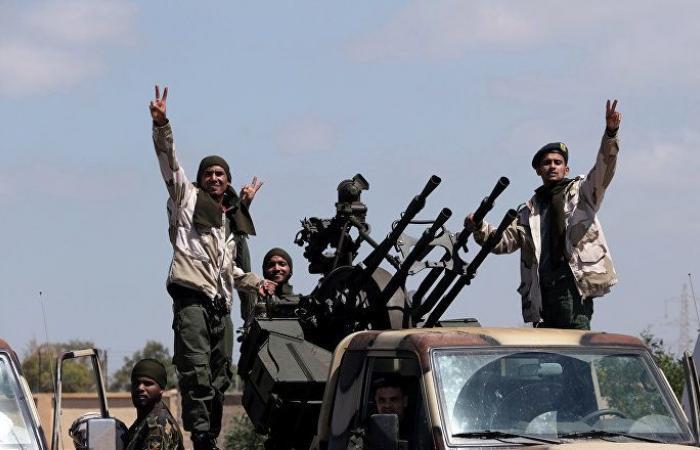 رئيس وزراء إيطاليا يطالب حفتر بسحب القوات من طرابلس فورا