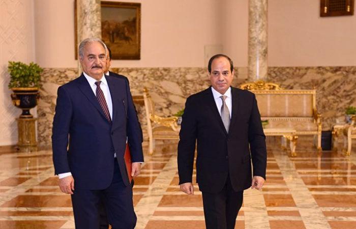 خبراء: حفتر يبحث عن دعم دولي خلال زيارة القاهرة