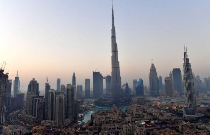 وفد روسي يبحث فرص الاستثمار في دبي