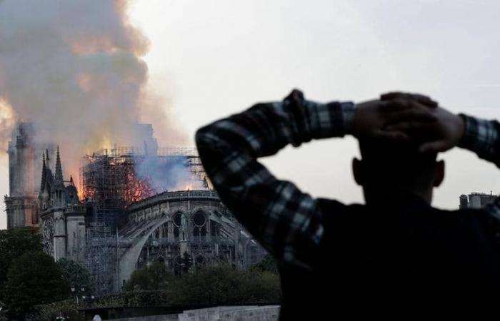 """5 أسئلة """"حائرة"""" بعد كارثة نوتردام"""
