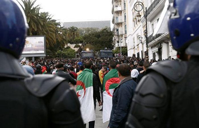 بينهم أغنى رجل في البلاد... 5 مليارديرات جزائريين أمام المحكمة بعد اعتقالهم
