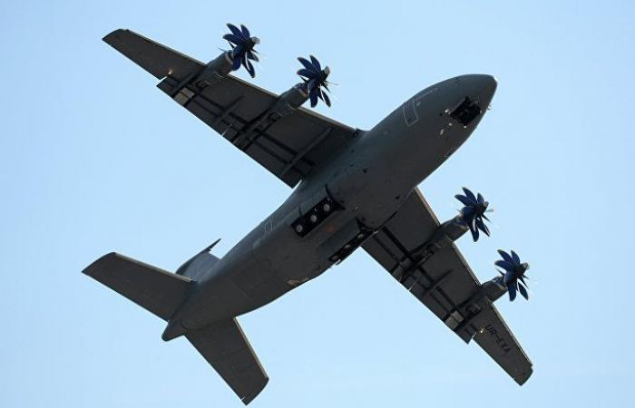 هبوط اضطراري لطائرة قرب الخرطوم (صورة)