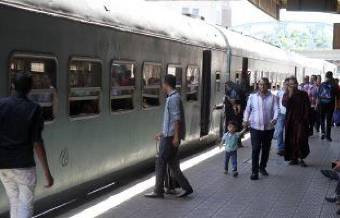 الحكومة تنفي رفع أسعار تذاكر جميع قطارات السكك الحديدية قبل عيد الفطر