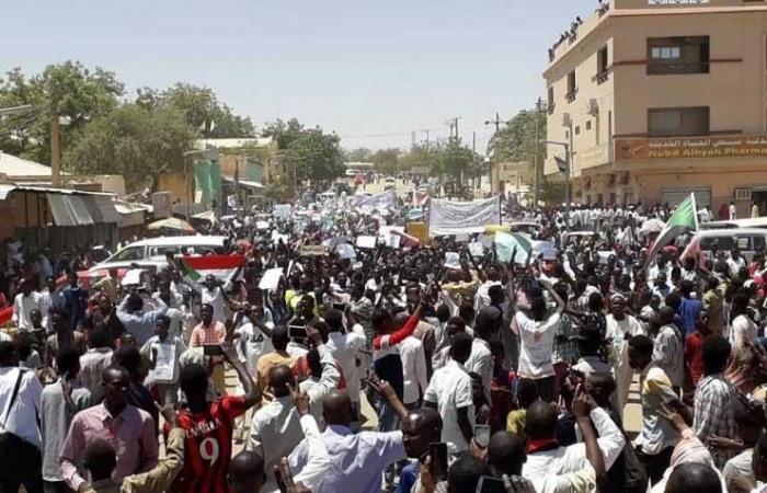 السودان: إزالة جميع المتاريس بعد تدخل قوى الحرية والتغيير