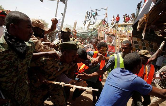 تجمع المهنيين السودانيين يدعو للاحتشاد مع استئناف التفاوض مع المجلس العسكري
