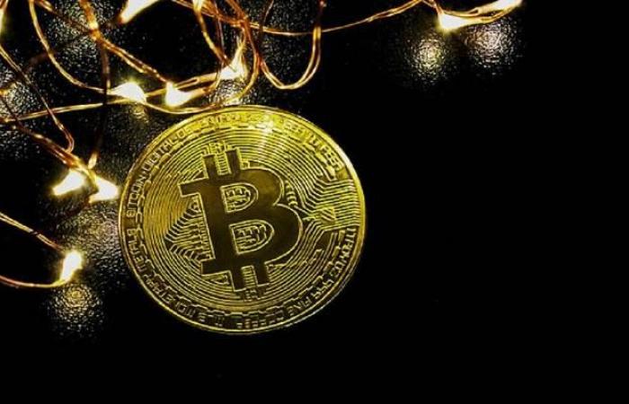 سوق العملات المشفرة يربح 13 مليار دولار مع قفزة بالبيتكوين