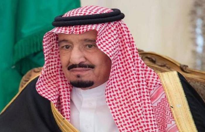 """الملك سلمان يستقبل ولي عهد دبي ورئيس """"الأمة"""" الكويتي بمكة"""