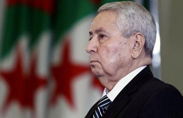 إيداع رئيس الحكومة الجزائري السابق أحمد أويحيى سجن الحراش على خلفية اتهامه بالفساد
