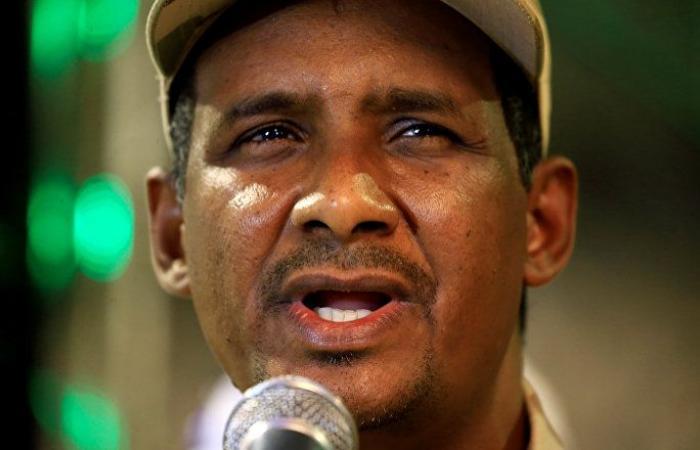 رئيس حزب الأمة السوداني يزعم استهداف جهات لحميدتي