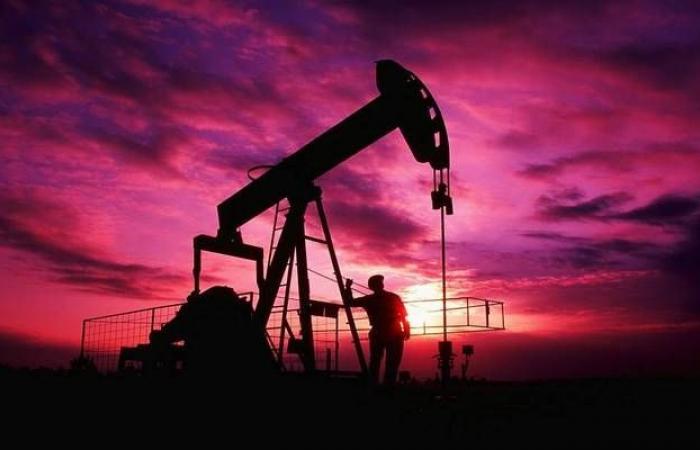 محدث...ارتفاع النفط بنحو 3%مع تقارير انفجار ناقلتين للخام بخليج عمان