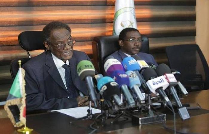 النائب العام: محاكمة رئيس السودان المخلوع الأسبوع المقبل