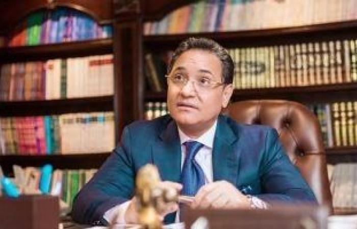"""عبدالرحيم علي يطلق مبادرة """"خلّى العالم يعرفهم"""" ويدعو للهتاف باسم الشهيد """"عمر القاضي"""" فى مباراة مصر القادمة"""