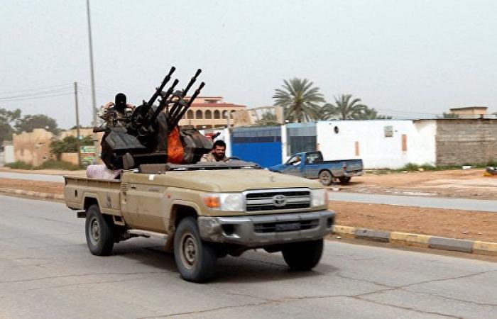 توضيح من فرنسا بشأن صواريخ في معسكر للجيش الليبي