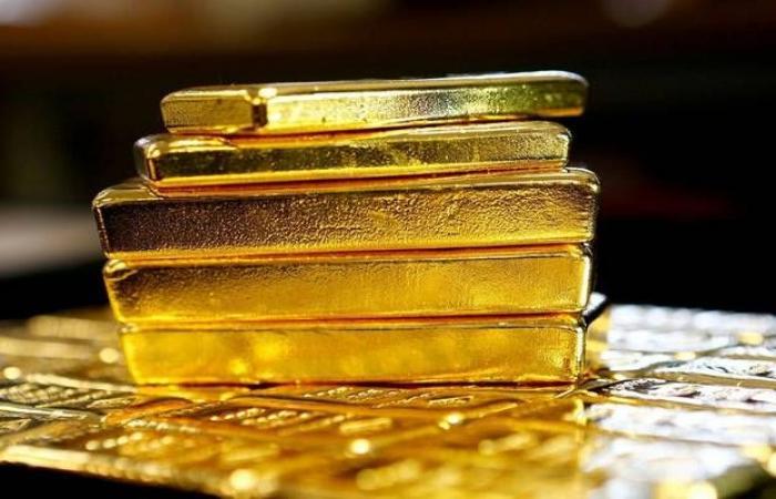 الذهب يربح 7 دولارات مع رهانات خفض الفيدرالي للفائدة