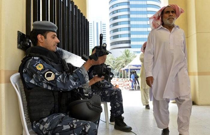 بالصور... وافد يهدد الأمن في الكويت والسلطات تتحرك