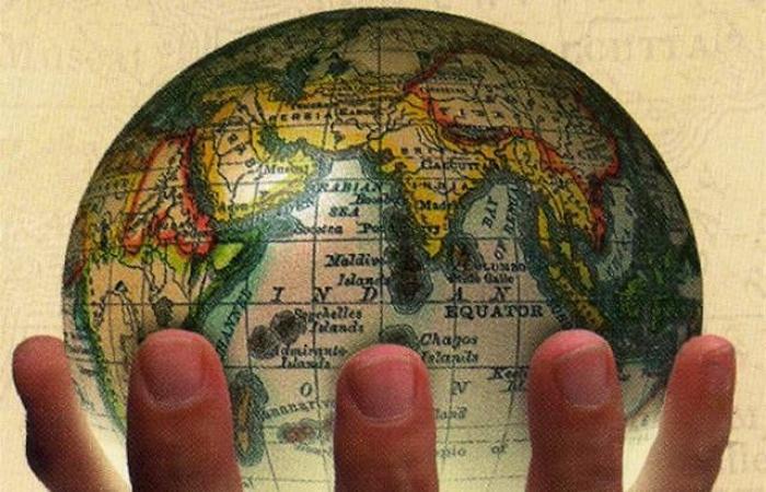 تحذيرات الركود ومكاسب النفط محور الأسواق العالمية اليوم