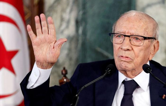 أول زعيم عربي ينعي السبسي