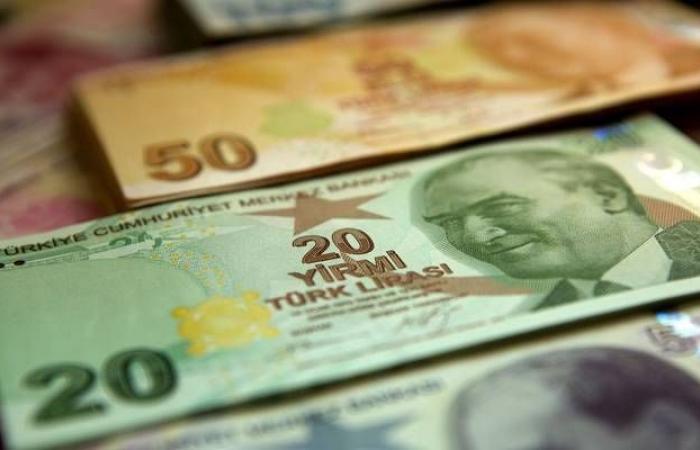 الليرة التركية ترتفع 1% رغم الخفض الحاد لمعدل الفائدة