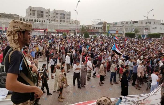 """المجلس الانتقالي الجنوبي اليمني يدعو لتأييده بـ""""مليونية"""" غدا في عدن"""