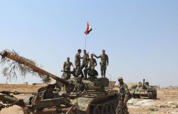 الجيش السوري يحول عربة مفخخة يقودها انتحاري إلى كومة خردة... فيديو