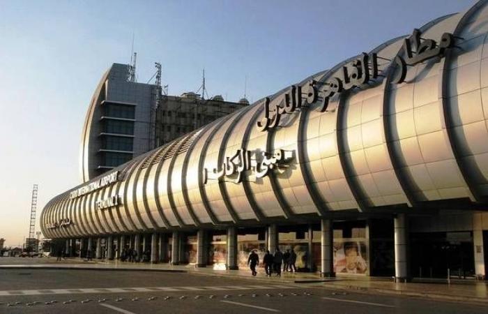 مصر تستقبل أولى رحلات عودة الحجاج