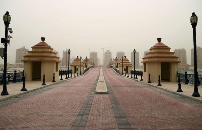 """قطر تخرج عن صمتها وترد على تقارير """"احتجاجات آلاف العمال"""""""