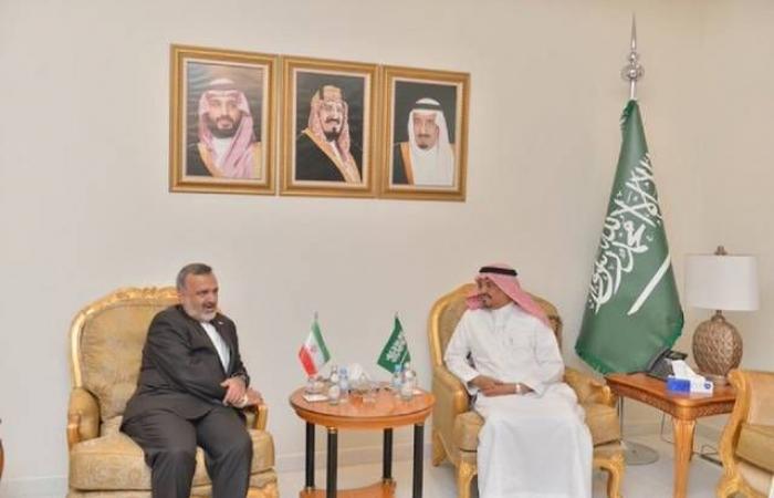 وزير الحج السعودي يستقبل مسؤولاً إيرانياً