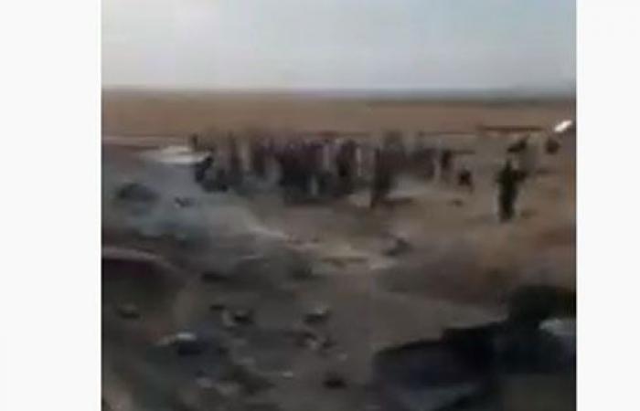 بالفيديو : مقتل 12 مدنيا جراء تفجير بسوريا بالقرب من الحدود التركية