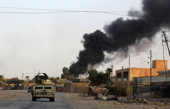 """خبير عراقي يوضح الجهات التي تقف وراء قصف معسكر """"الحشد الشعبي"""" في الأ نبار"""