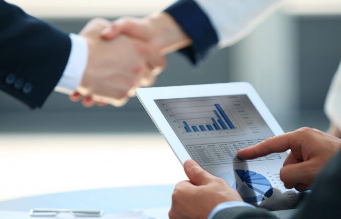 محافظ المركزي الكويتي: 3 تحديات تواجه القطاع المصرفي عالمياً