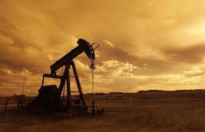 خسائر النفط تتجاوز 1% مع ترقب تفاصيل الاتفاق التجاري