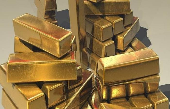محدث..الذهب يتراجع بأكبر وتيرة أسبوعية منذ 2017 بخسائر 3%