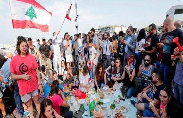 لبنان.. 26 يوما من الاحتجاجات ومصير الحكومة لم يحسم
