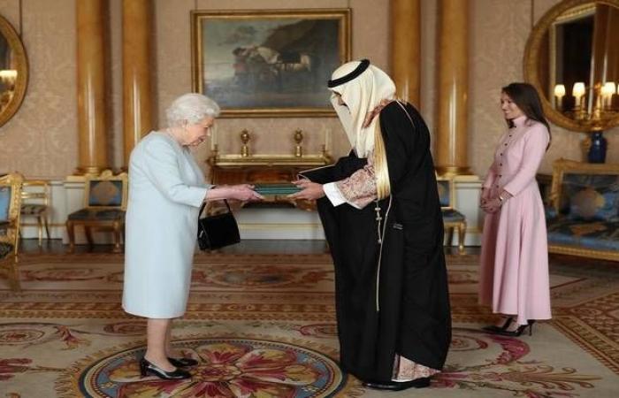 بالصور..مراسم تقديم أوراق اعتماد سفير خادم الحرمين لدى بريطانيا